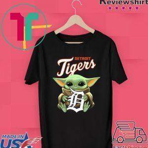 Baby Yoda Hug Drtroit Tigers Logo Tee Shirts