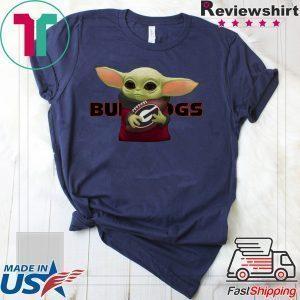 Baby Yoda Hug Georgia Bulldogs Tee Shirts