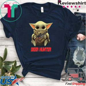 Baby Yoda hug Deer Hunter Star Wars Mandalorian Tee Shirt