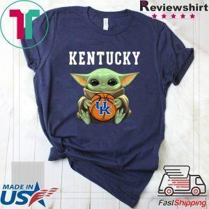 Baby Yoda hug Kentucky Wildcats Star Wars Unisex T-Shirt